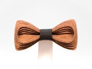 SÖÖR Antero neckwear in mahogany. A unique handcrafted wooden bowtie for men.