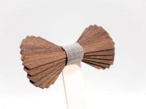 SÖÖR Elias neckwear in wenge. A unique wooden bowtie for men