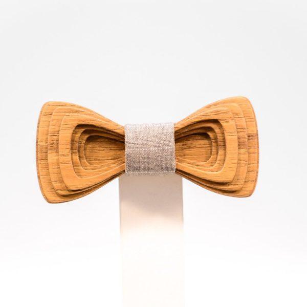 Jr. SÖÖR Antero neckwear in teak. A unique wooden bowtie