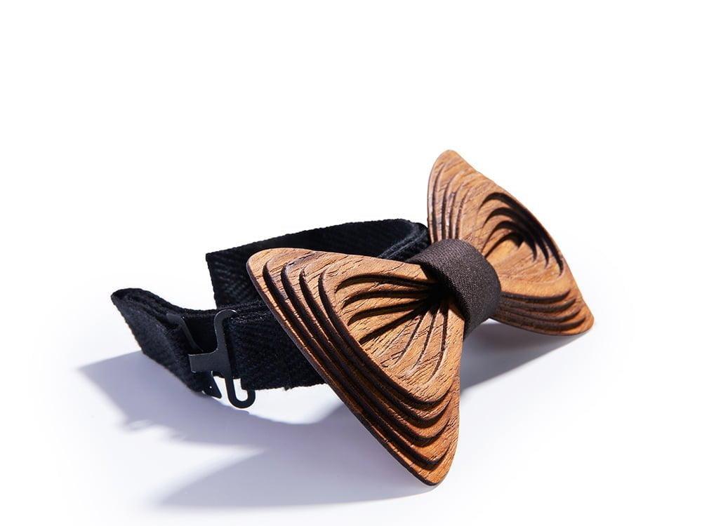 Designer bow tie. SÖÖR Antero Teak Tumman Ruskea Puinen Rusetti
