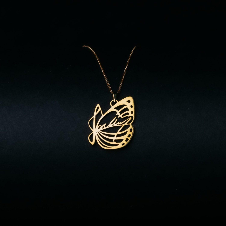 J01 kultainen kaulakoru